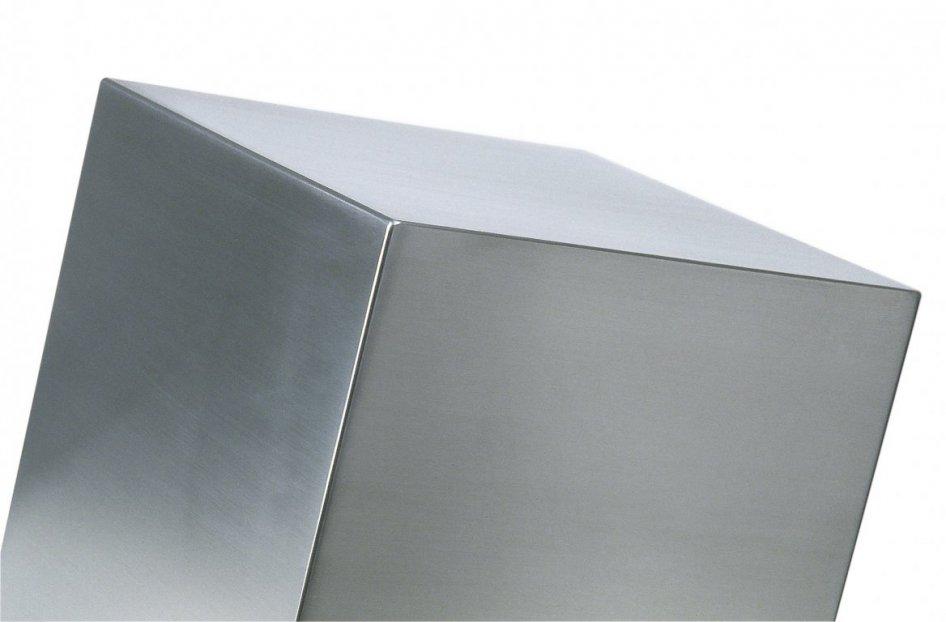 saldatura e satinatura cubo in acciaio inox 304