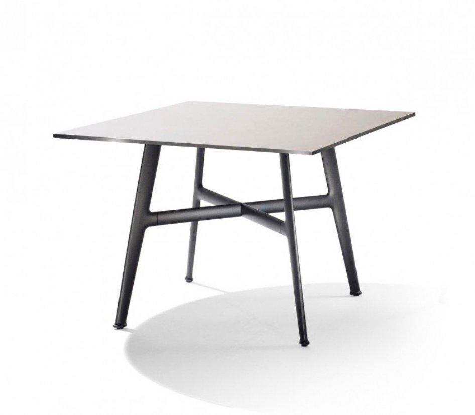 tavolo in alluminio verniciato